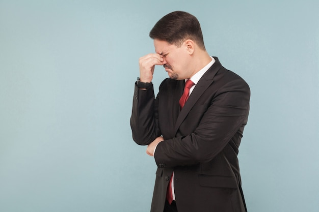 泣いている緩いビジネスマンの肖像画