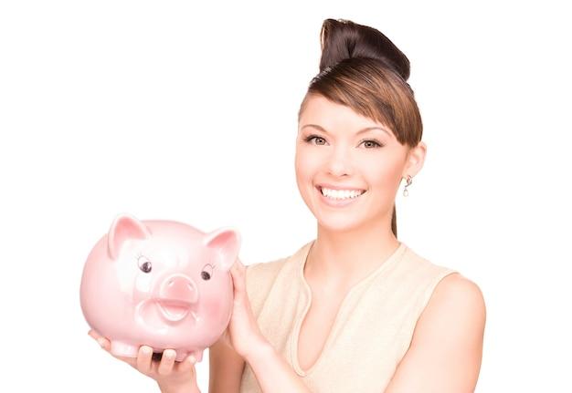 貯金箱を持つ素敵な女性の肖像画