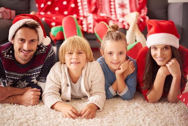 크리스마스에 사랑하는 가족의 초상화