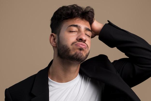 ストレスのたまった男の肖像