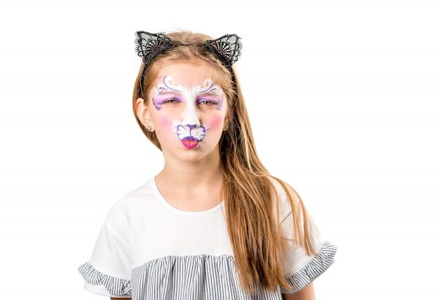 猫の顔の絵で十代の少女の肖像画