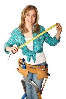 Портрет женщины плотник улыбается