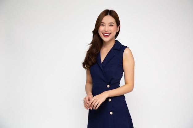 젊은 아름 다운 아시아 사업가의 초상화