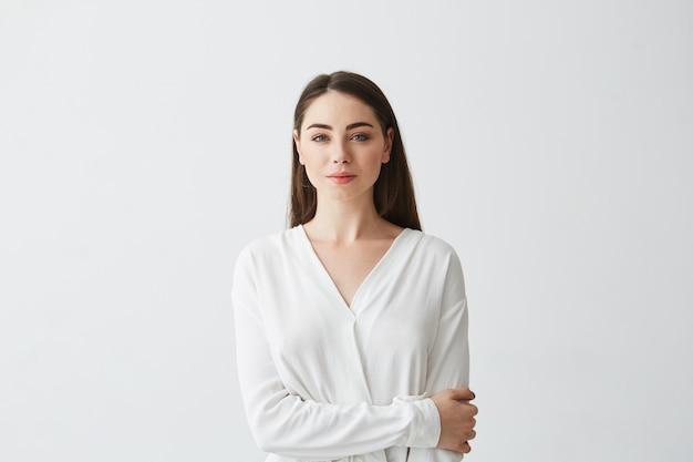笑顔若い美しい女性実業家の肖像画。
