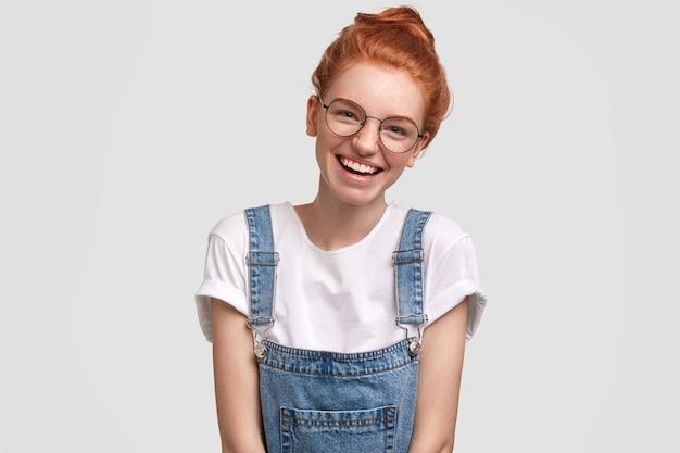 Портрет молодой женщины имбиря
