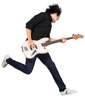 若いハンサムな男の肖像画は、白い背景で隔離のギターを弾く