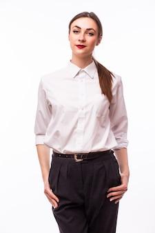 Ritratto di donna sorridente di affari, su fondo bianco