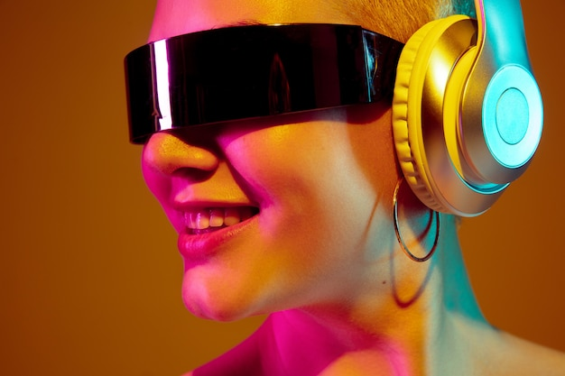 Portrait of young caucasian woman in fashionable eyewear