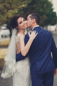 Portrait of a young couple on their wedding day Premium Photo