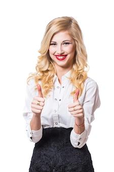 Ritratto di giovane imprenditrice sorridente felice, isolata su sfondo bianco