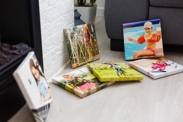 キャンバスの写真に小さな女の子の肖像画