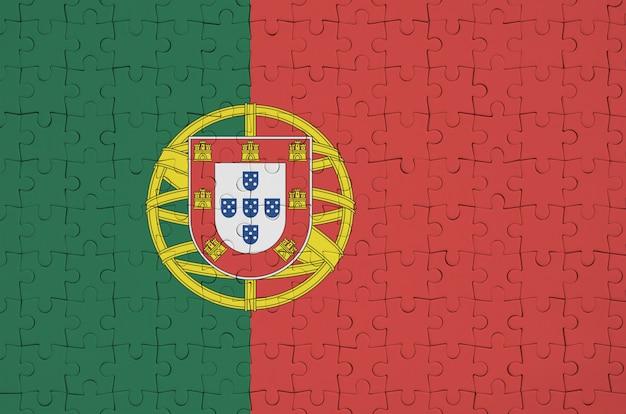 포르투갈 국기는 접힌 퍼즐에 묘사