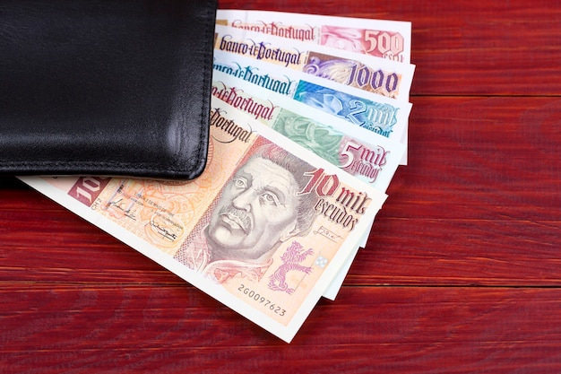 Португальские деньги