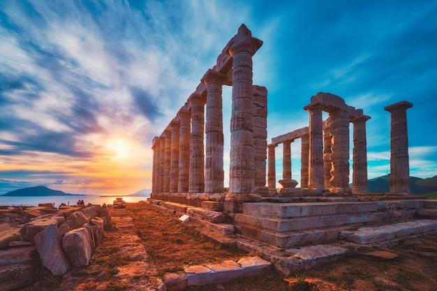 일몰 그리스에 케이프 sounio에 포세이돈 사원 유적