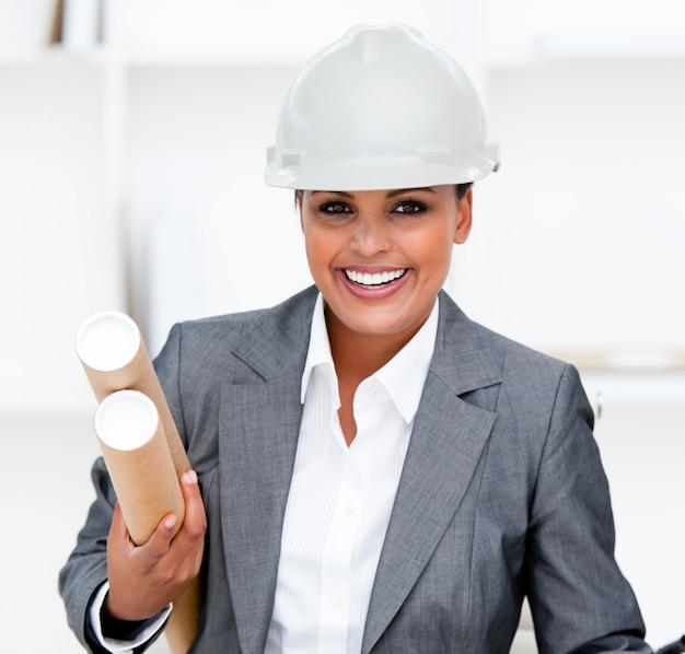 긍정적 인 여성 건축가 지주 청사진