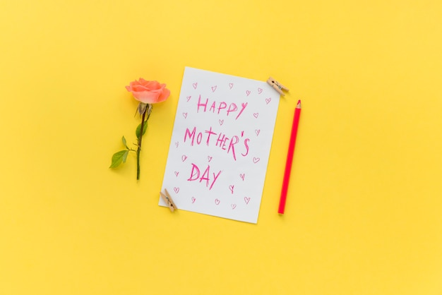 Cartolina per la celebrazione della festa della mamma