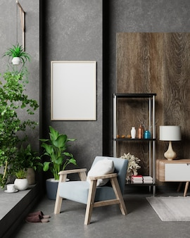 블루 벨벳 안락 의자가있는 거실 인테리어의 빈 어두운 벽에 세로 프레임이있는 포스터 모형