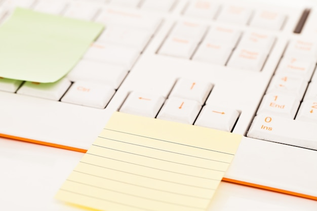 Postit notes on a keyboard