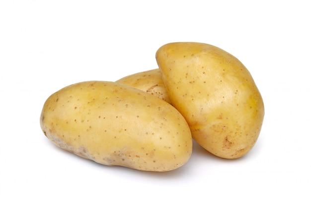 Картофель, изолированный на белом