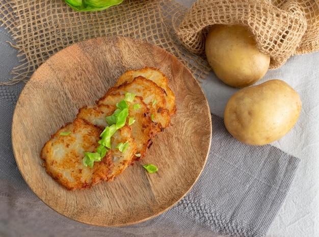 Картофельные блины, драники, деруны, картофельные латкес или коробочки
