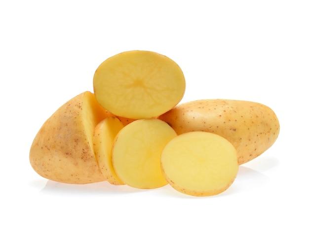 Картофель, изолированные на белом.