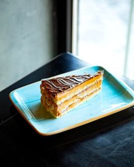 Pound cake with layers of caramel and peanut