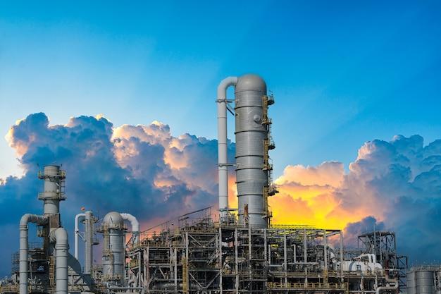 황혼의 산업을위한 발전소 가스 또는 석유
