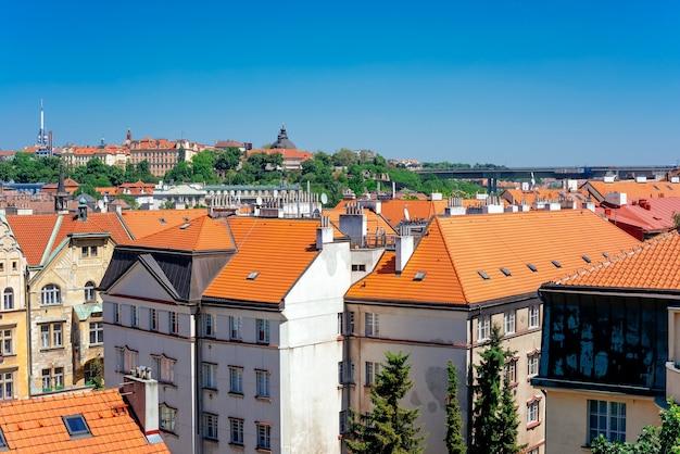 Vysehrad 요새에서 프라하 도시 풍경입니다. 체코 공화국