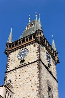 Prague time