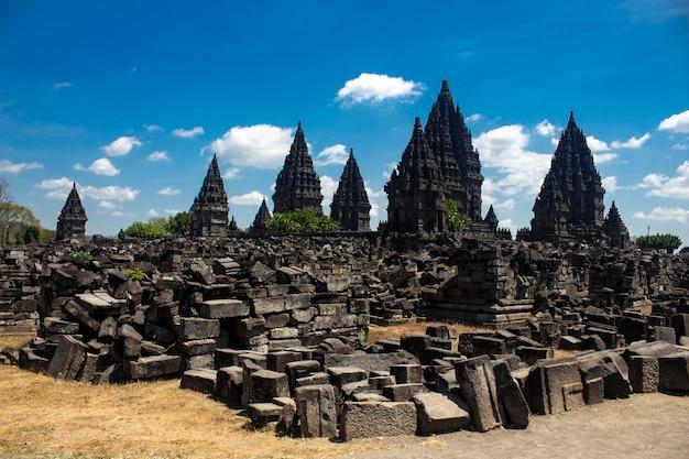 インドネシアのジョグジャカルタにあるプランバナン寺院