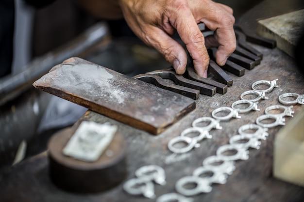 Precious stones processing