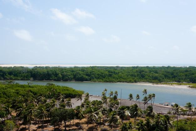 Река прегуика, вид сверху возле баррейриньяса