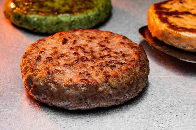 Preparation of a delicious burger arrangement