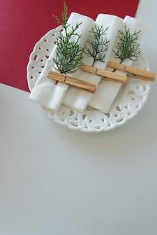 冬休みのテーブルアレンジの準備冬のデコレーションdiy