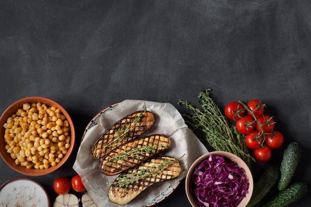 健康的な昼食のための準備食品