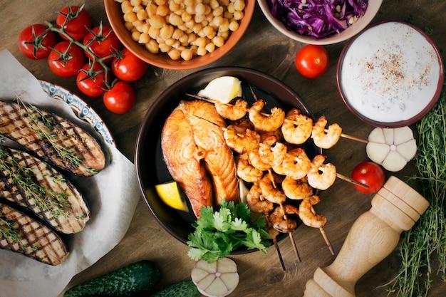魚介類と食材の準備