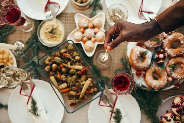 Preparing christmas dinner tabe