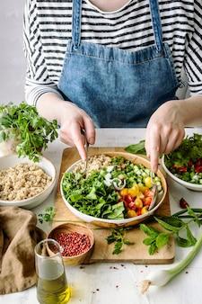 植物ベースのレシピのアイデアを準備する