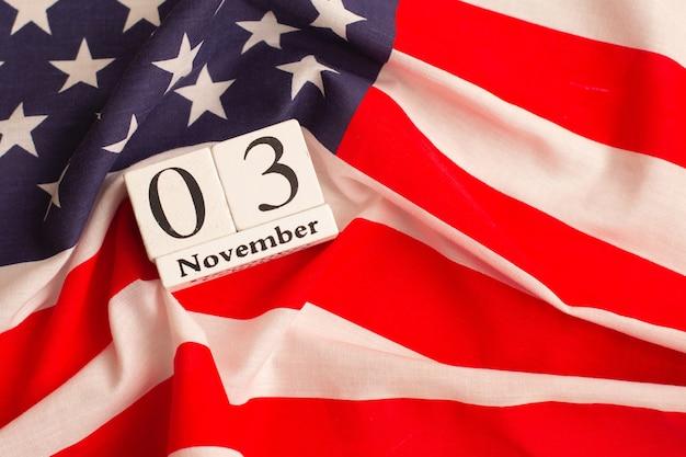 アメリカの2020年大統領選挙。投票する時間です。選挙人票。米国の選挙。フラットレイ構成。