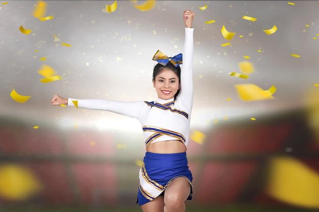 Pretty asian cheerleader perform