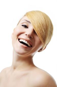 かなり笑う女性