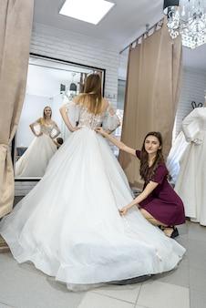 Pretty tailor measure length of wedding dress
