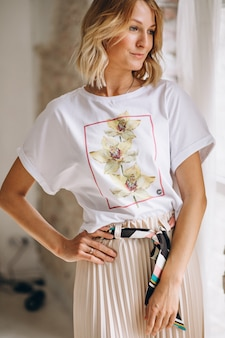 Pretty woman wearing tshirt