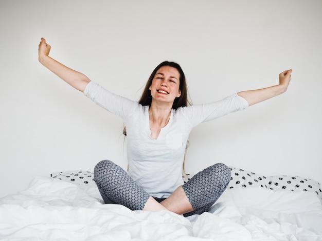 Красивая молодая женщина после спа-процедур. крупный план
