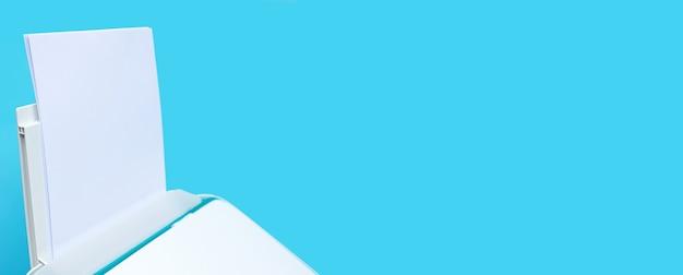 青い背景の上のプリンターと紙。