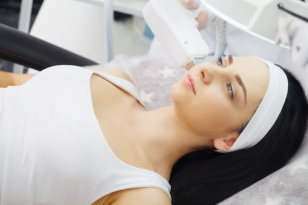Procedure of microdermabrasion