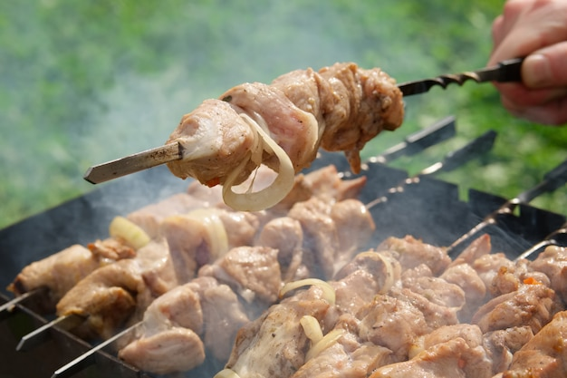 Process of cooking shashlik from pickled meat outdoor