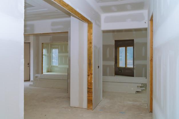 공사, 리모델링, 리노베이션, 확장, 복원 및 재건 과정.