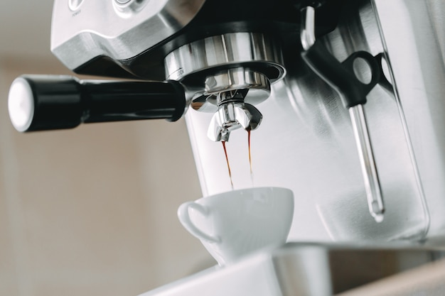 Process of making classic espresso in machine