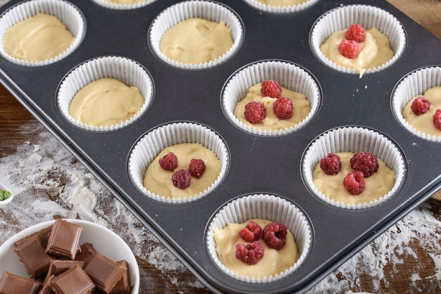 The process of making desserts. cream cakes, muffins, cookies, groceries. the kitchen and confectioner makes desserts.